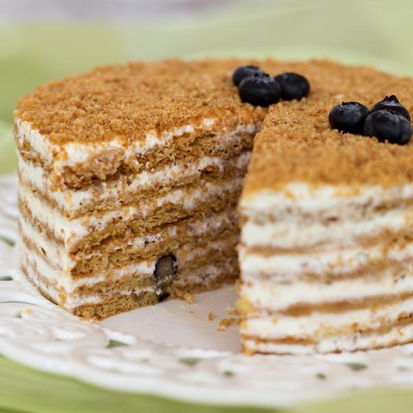 Sweet-and-Lemon_Medena-torta_2